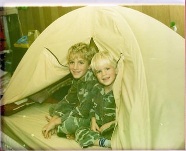1984-12 GI Joe's Tent