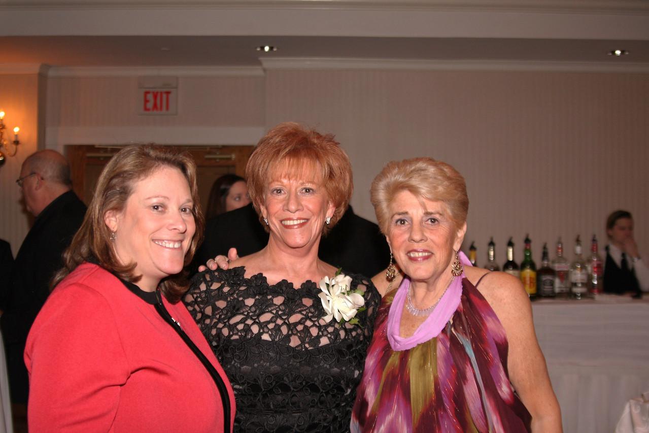 Amy, mom, Carole
