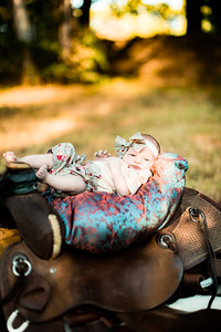 00017-©ADHPhotography2019--Bauer--Family--October5