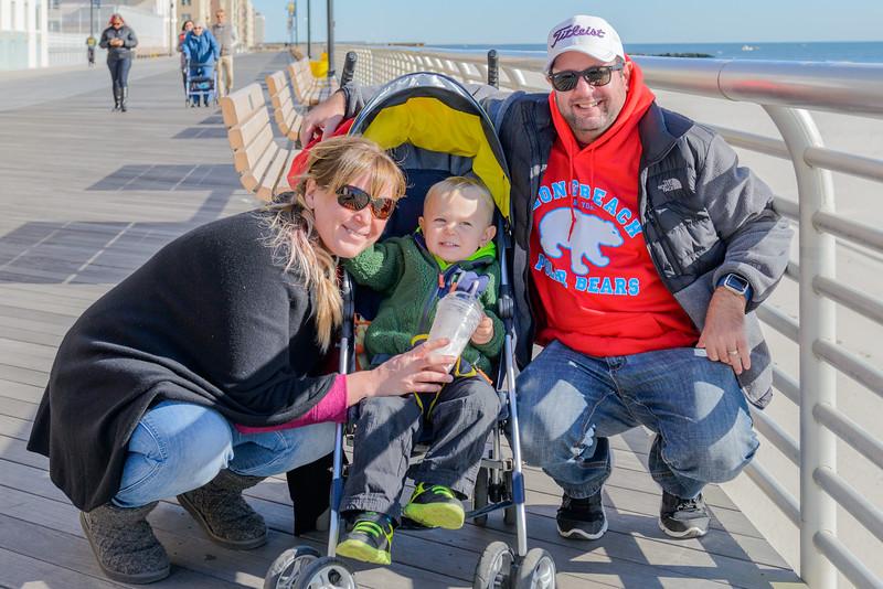 Jake at the beach 11-12-16-084