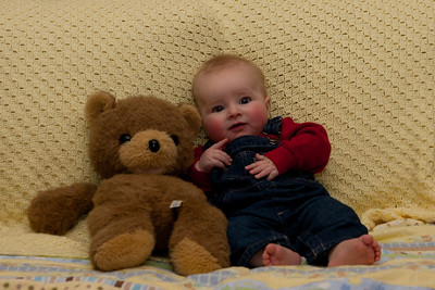 101127 Five Month Pictures 049