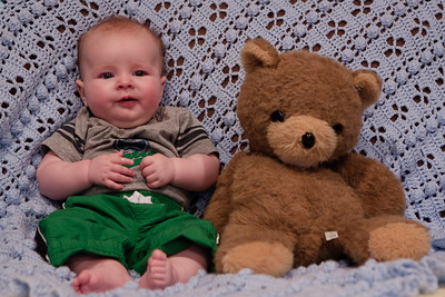 101024 Four Month Pictures 030