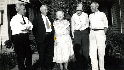 Grandad Beaty brothers and Sister Cora 1 - Orph Beaty 2 - Edward Beaty 3 - Cora Beatty (Patrick) 4 - Ralph Beatty 5 - Howard Beatty