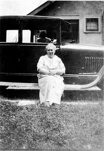 Muad Harmond's (Beaty) mother Sarah Whitehouse (Harmond).