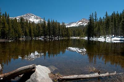 Reflecting 12,000' peaks in Yosemite