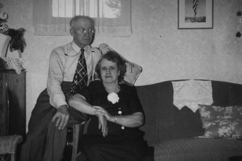 1952Anniversary02