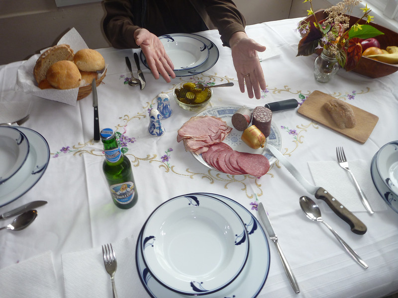 A simple lunch at Oma's
