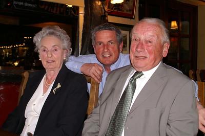 Auntie Daph 80th Dec 2005 005