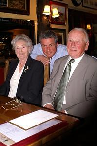 Auntie Daph 80th Dec 2005 006