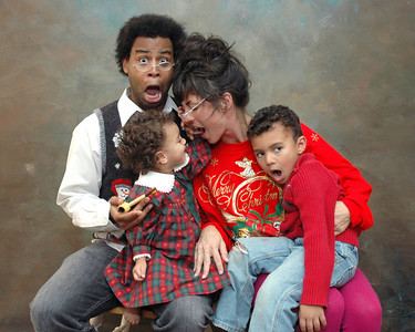A family photo shoot for fun and wonderment!