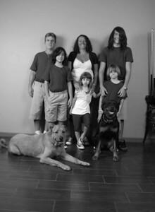 Blanton Family Photos 5-23-09_0027BW