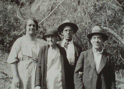 Bessie, Nellie, George and Joe Bledden