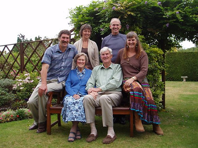 Mum & Dads 60th wedding anniversary, Ian & Anne missing in CA.