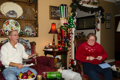 Bruce and Kathy opening their gifts
