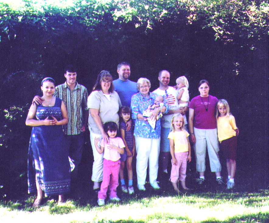 Bonnie &  All of the Grandkids 7-005