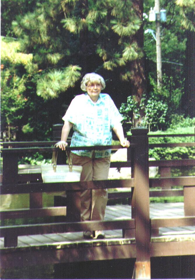 Bonnie, Spokane WA, Sept 1989  01