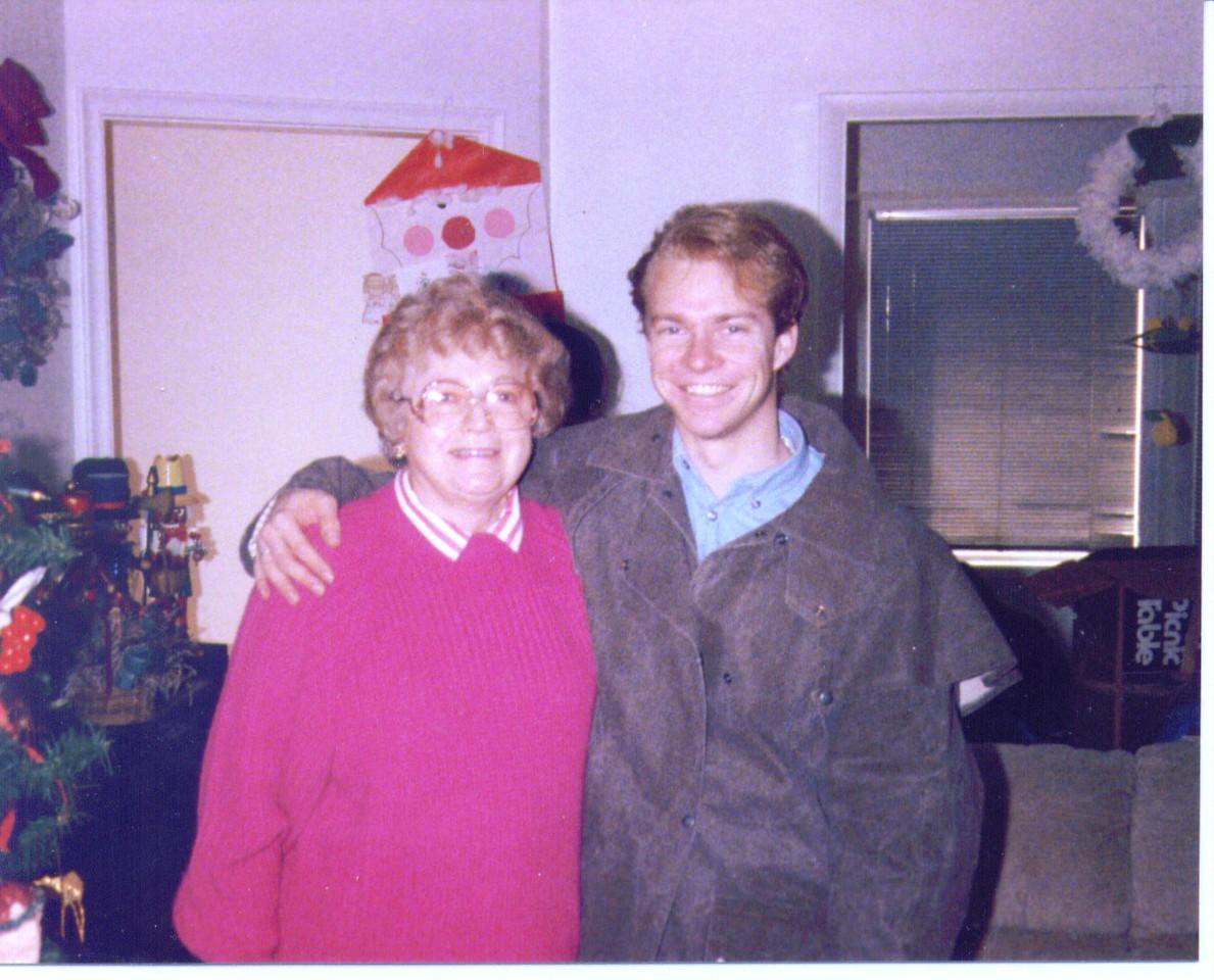 Bonnie & Russ, Salt Lake City,   9-10-2007 1-06-01 PM 1264x1023