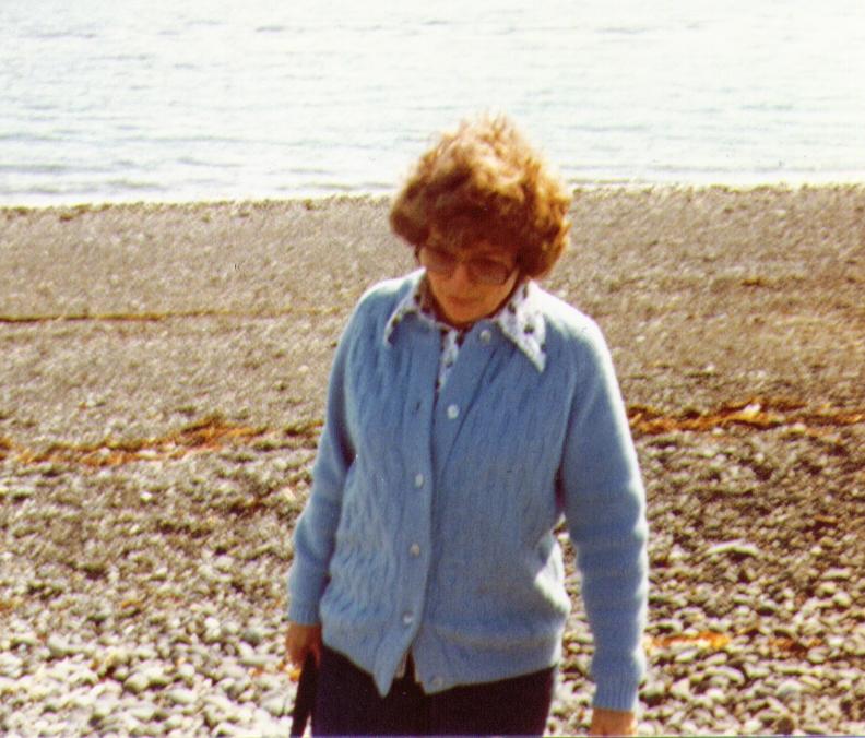 Bonnie on Homer Spit, AK, 08-1980,   4-26-2005 10-03-12 PM 792x676