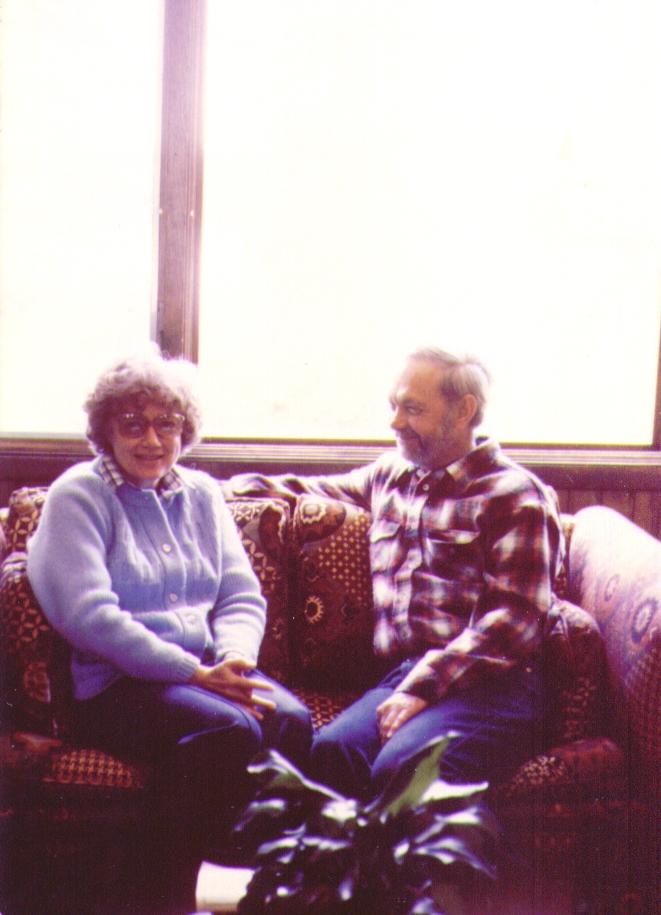 Bonnie & Wayne, Wik Lake, AK, 08-1980,   4-26-2005 9-52-50 PM 661x915