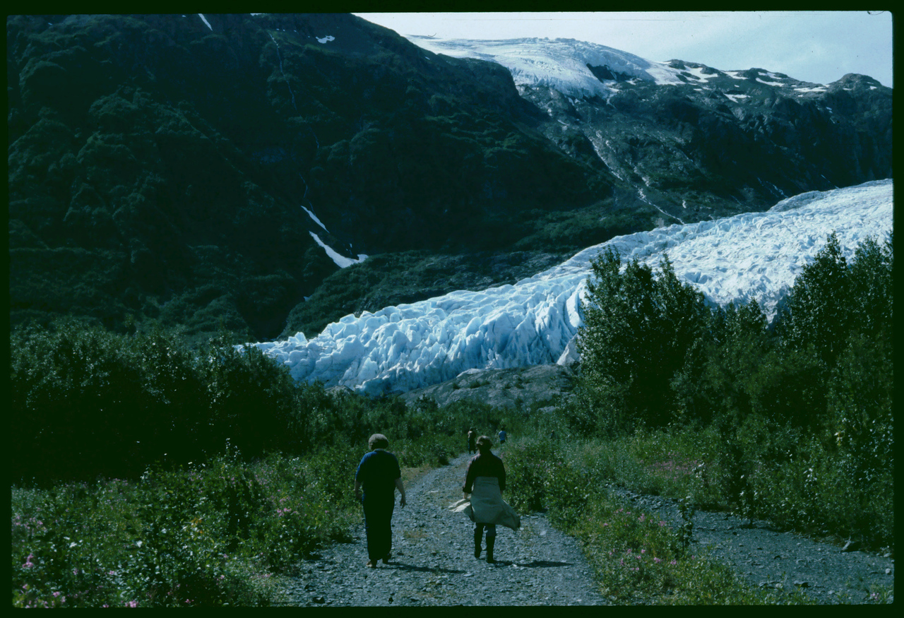 Bonnie & Connie, Approaching Exit Glacier, Alaska, 08-1983    8-20-2007 9-59-35 PM 2070x1598