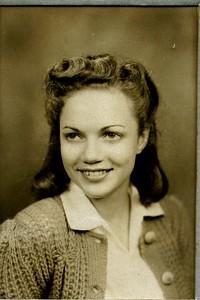 Bonnie L  Decker, 1943,  -1