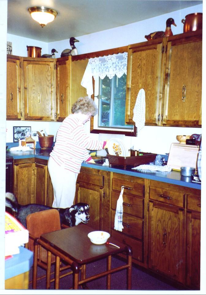 Bonnie & Lefty, Wik Lake, AK,   9-10-2007 9-07-43 PM 1157x1746