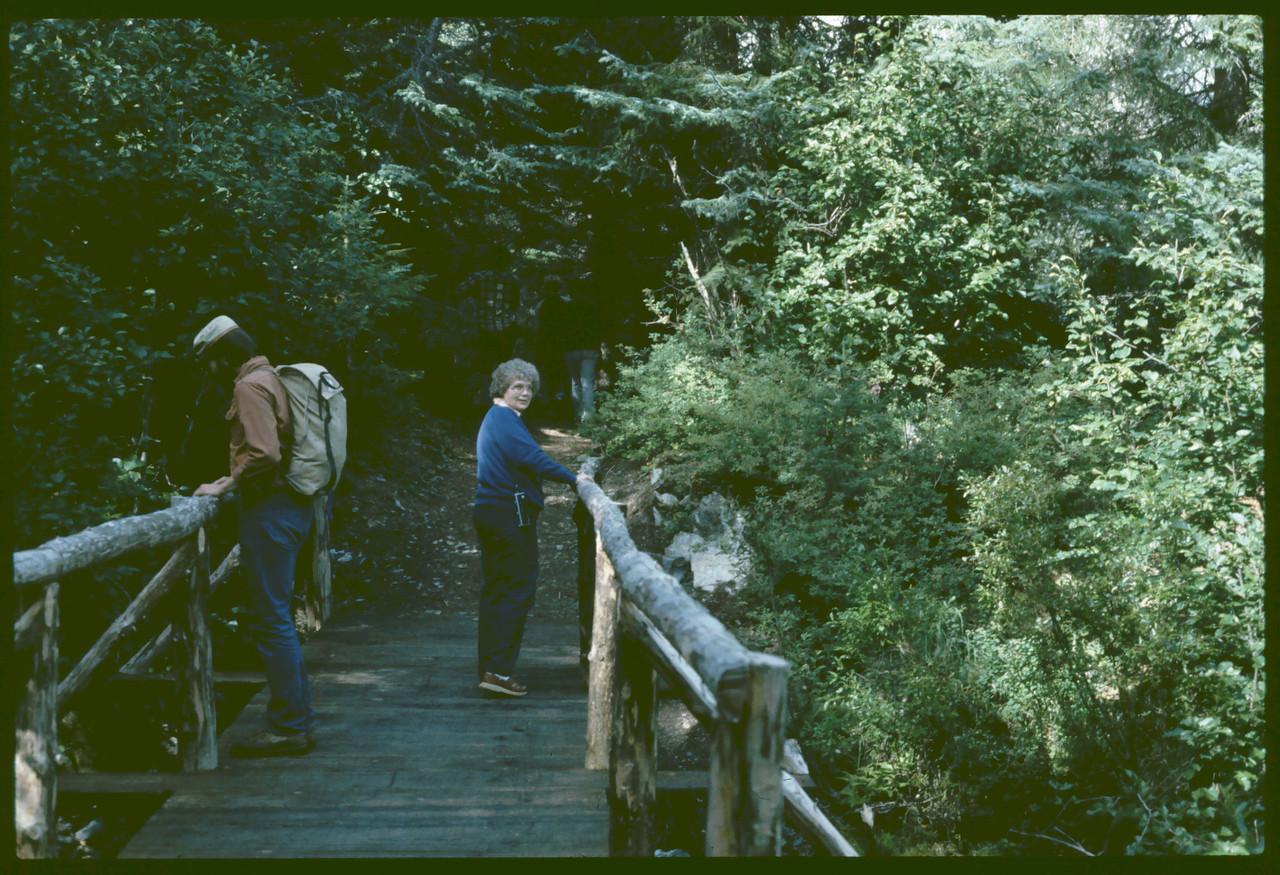 Dave & Bonnie, Hiking trail in Kenai Mtns, 08-1983,  1934x1598 8-20-2007 9-10-51