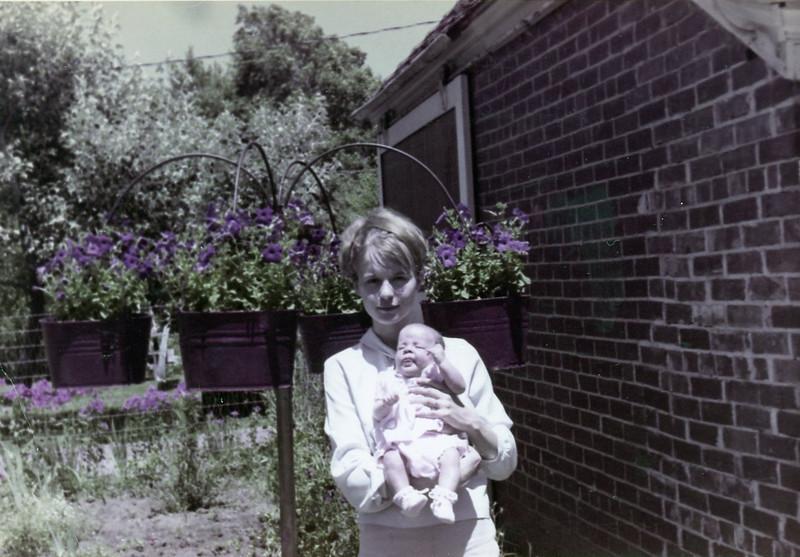 Bonnie and Christine<br /> 1965