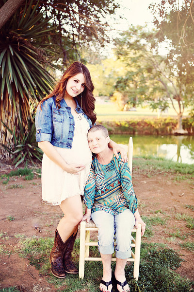 Brandi Flores Maternity