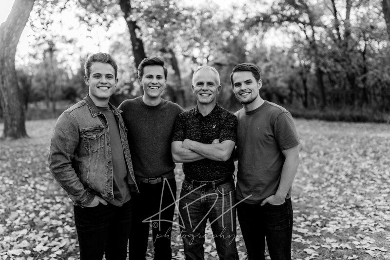 00033©ADHPhotography2020--Bredvick--Family--October10bw