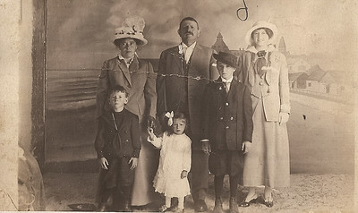 Bregante family portrait, 1912. Front row L-R: John, Edna and James; Back row, Palmira, Gerolamo, and Katherine.