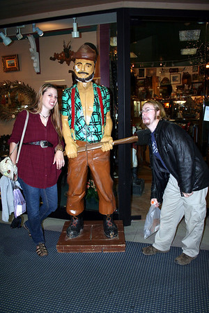 Brin & Tristan hanging out with Mr Paul Bunyan.
