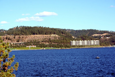 The Coeur d' Alene Golf Course. Can you see the floating green?