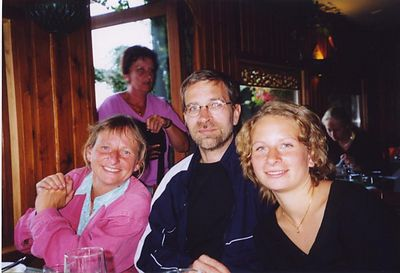 Lisbet, Bruce and Signe