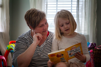 Peyton's turn to read to mom