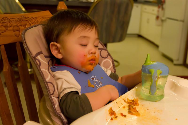 Fell asleep while eating lasagna... yummy.