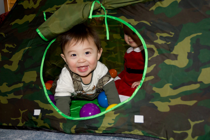 Bryce and Chloe played inside their new tent on Christmas with 100 balls! They absolutely loved it.