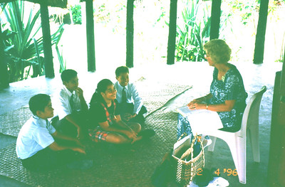 Carole teaching Primary in Samoan Fale