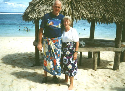Apr 1997 - P-Day at the beach in Samoa