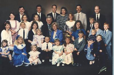 Apr 1993 - The Lyon Clan