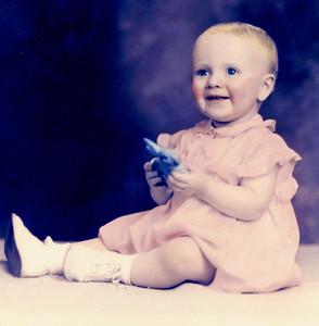 Apr 1938 - Carole (1 year old)