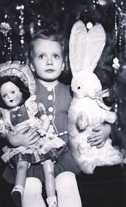 Dec 1940 - Carole on Chrostmas (3 years)