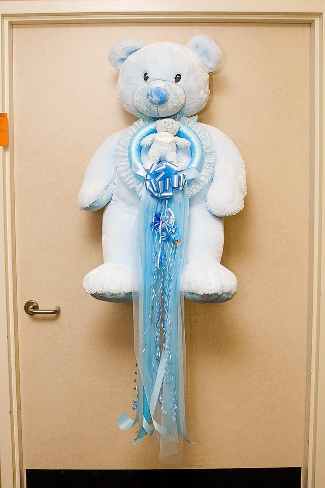 IT'S A BOY! TEDDY BEAR ON HOSPITAL ROOM DOOR
