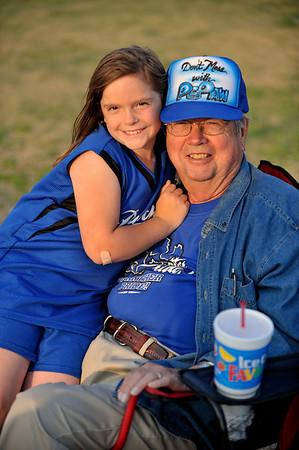 Cade and Savannah's baseball games - Van Alstyne, 24 April, 2009