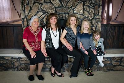 i17s Caitlyn Family 12-17 (30)