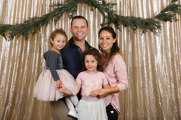 3C-2019-Christmas-Portraits-017-0224