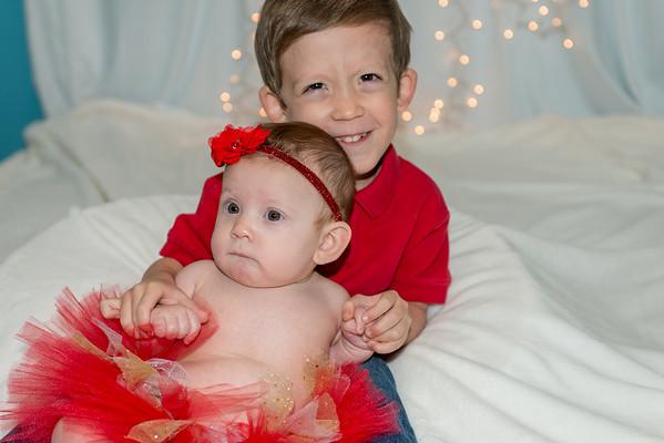 Ava And Caleb Test Christmas Photos 2016