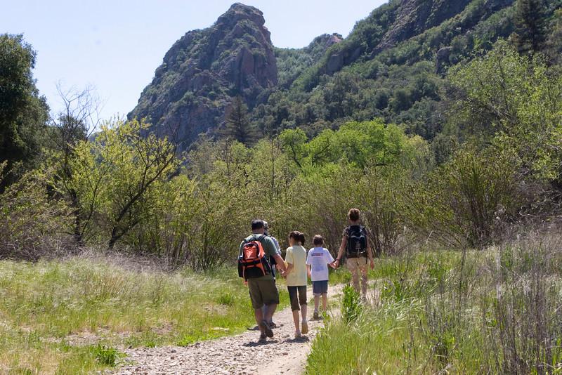 Family Hike 1