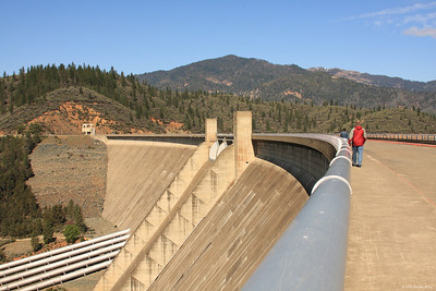 the Lake Shasta Dam.