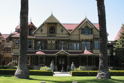 Another front view of Winchester Mystery House. If you want to learn more about the house, google it.  It has a fascinating histroy.